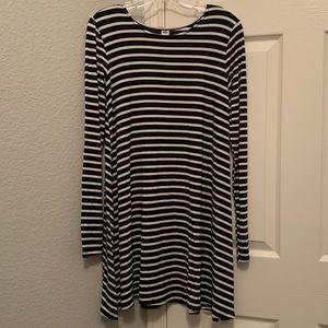 Old Navy Black & White Striped Long Sleeve Dress
